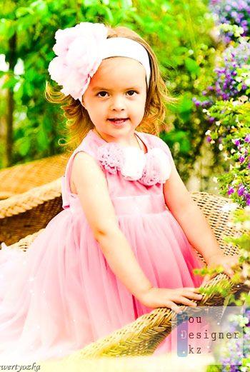 Шаблон для фотомонтажа-Девочка в розовом платье / Template for the photomontage-Girl in a pink dress