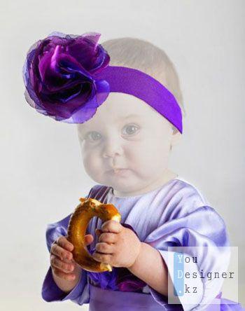 Шаблон для фотомонтажа- Девочка с бубликом /Photo template -Girl with a bagel