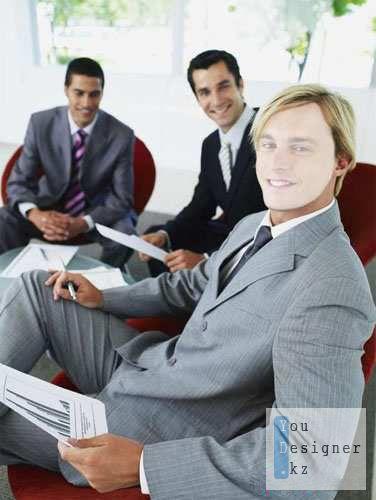 biznesman021211-1322685546.jpeg (30.69 Kb)