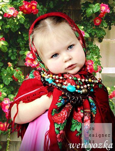 Детский шаблон-Девочка в платке