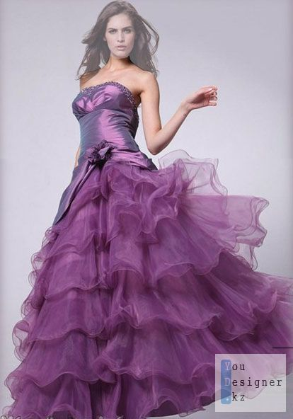 Women's Photoshop template – Frilly evening dress 2.